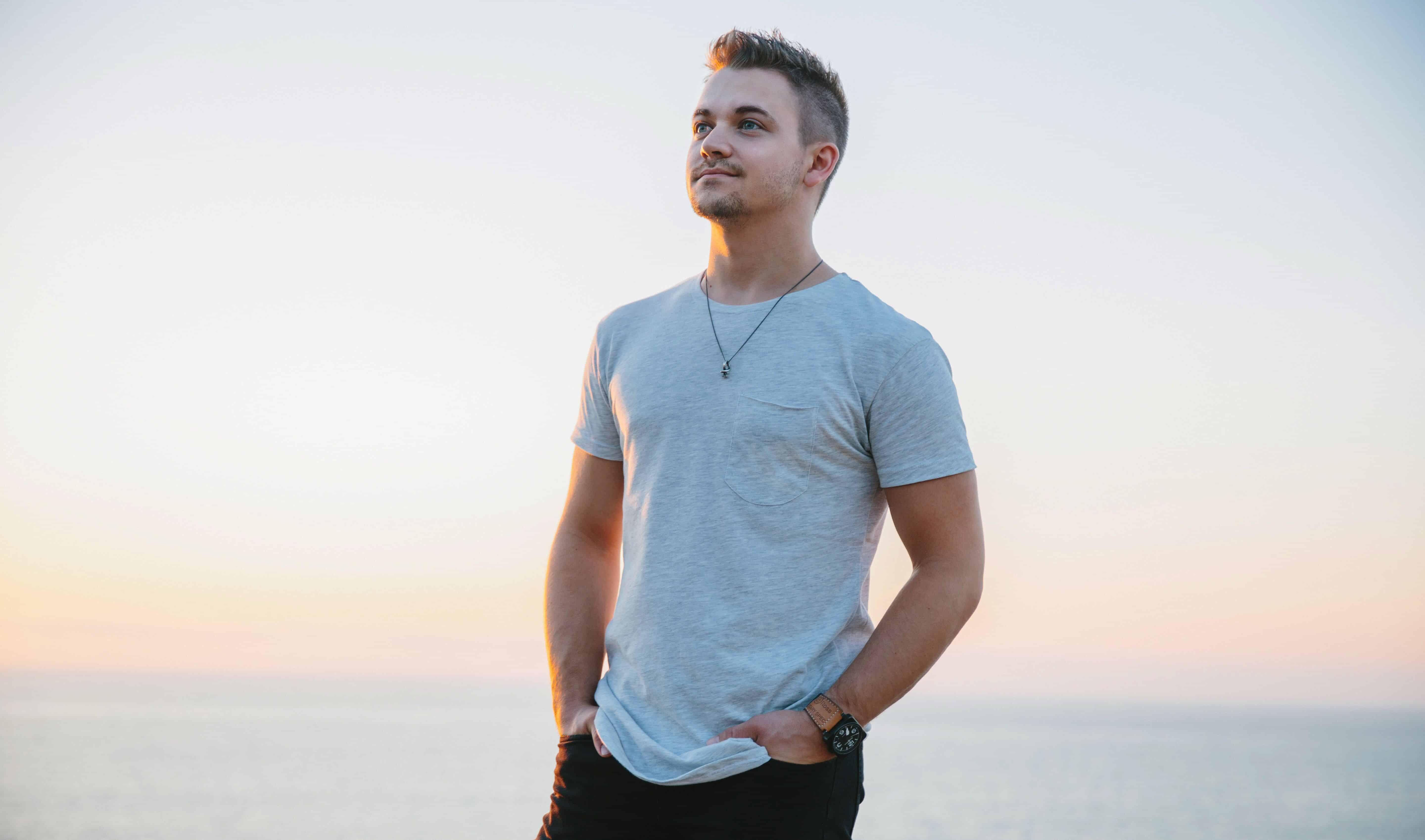 """Review: Hunter Hayes """"Wild Blue (Part 1)"""""""